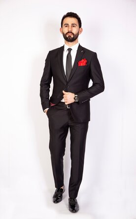 Černý pánský oblek Slim Fit, model Harry